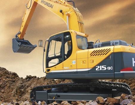 R215-9C挖掘机