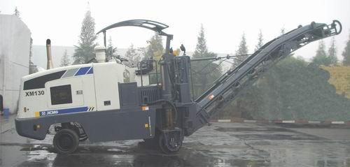 XM130铣刨机
