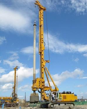 BG25旋挖钻机