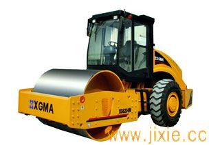 XG6204M压路机