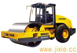 XG6121压路机