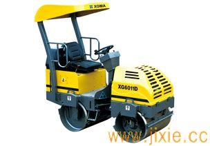 XG6011D压路机