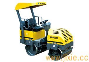 XG6021D压路机